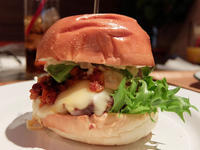 ハンバーガー生活のすすめ(本山) - avo-burgers ー アボバーガーズ ー