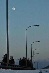 橋が鳴く夕暮れ - 空ヤ畑ノコトバカリ