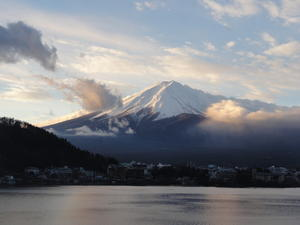 朝テラスから見た富士山 - kotoe's notebook