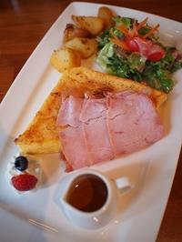 牛込神楽坂 フレディーズのフレンチトーストランチ - おいしいもの探し。