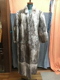 ラビットファーのコートをベスト&バッグに① - いろはファクトリーぬのむしブログ