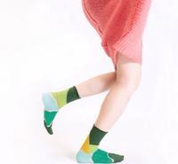 10 more socks from 台湾 - pieni.. ecole +cafe ピエニ 小さな学校とカフェ