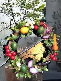 野菜のリースと地獄組み - 揚雲雀なのりいで蝸牛枝に這う