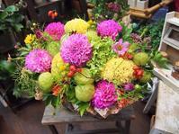 フラワールーシュお花の会☆ 3月レッスンバスケットアレンジのお知らせ - ルーシュの花仕事
