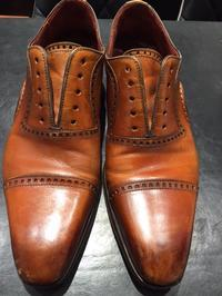 アンティーク加工も、コンシーラーで★ - 玉川タカシマヤシューケア工房 本館4階紳士靴売場