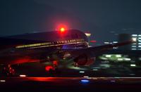 夜の飛行機1! - ONE WAY