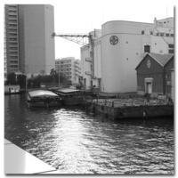 #2121 倉庫 - at the port