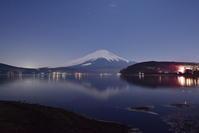 山中湖 - 風とこだま
