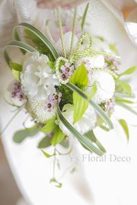 白無垢にあわせるボールブーケと、京都の髪飾り - Ys Floral Deco Blog