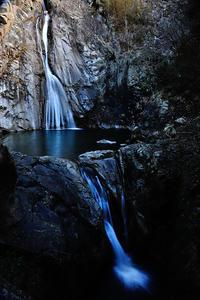 布引の滝 - 人生とは旅なり