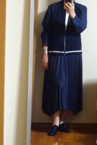 NAVYのブルゾンとプリーツスカート - おしゃれ自己満足日記