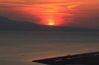 燃える夕日。 - 青い海と空を追いかけて。