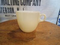 40's~ Fire King Ivory St.Denis Cup - DELIGHT CLOTHING&SUPPLY