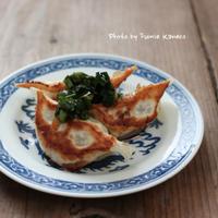 肉汁じゅわり ニラだれ餃子 - ふみえ食堂  - a table to be full of happiness -
