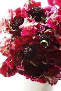 強運、yumisaitoparisの美しきブーケ、勉強の塊が手元に!! - お花に囲まれて