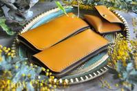 セミオーダー・イタリアンバケッタ・エルバマット・L型ペンケースとコインケース・時を刻む革小物 - 時を刻む革小物 Many CHOICE~ 使い手と共に生きるタンニン鞣しの革