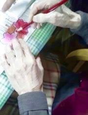 '17/3月デイサービスらっこの工作ピンクのプロペラです - 工作ボランティア&描くこと