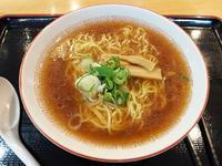駅ナカ食堂 なの花さんで正油かけラーメン(JR旭川駅内:2017年38杯目) - eihoのブログ