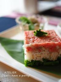 雛の三色寿司~「2月のテーブルコーディネート&おもてなし料理レッスン」より - ATELIER Let's have a party ! (アトリエレッツハブアパーティー)         テーブルコーディネート&おもてなし料理教室