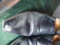 ブーツを片付ける前に! - 表参道駅徒歩1分 M.モゥブレィ公式ショップ  青山エリアで靴磨き、ブーツのお手入れができる店!