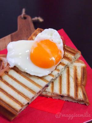 簡単朝ごはん!クロックマダム風ゆかりチーズの和風パニーニ*和ニーニ*ホットサンド - まぎーえみりーの「朝食革命」-オシャレインスタの裏話-