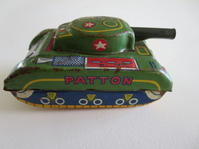 ブリキ戦車 - パリのカフェ用品