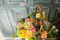 卒園の花 アレンジメント - 北赤羽花屋ソレイユの日々の花