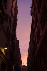 バルセロナの朝 - 光と遊ぶ