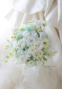 プリザーブドフラワーブーケ 横浜、カサデアンジェラさまへ - 一会 ウエディングの花