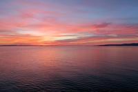 暗雲も夕日に映えて湖も、トラジメーノ湖 - ペルージャ イタリア語・日本語教師 なおこのブログ - Fotoblog da Perugia