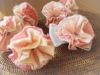 春色の手漉き和紙コサージュづくり - HANATSUDOI