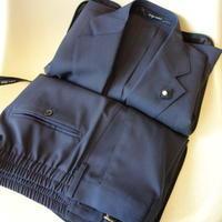 LARDINI(ラルディーニ)ストレッチウールトロピカルパッカブルスーツ(ネイビー) - 下町の洋服店 krunchの日記