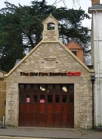 英国中部一大きいブラックリーのアンティーク・モール 2 -  Der Liebling ~蚤の市フリークの雑貨手帖2冊目~