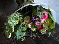 退職される女性へ。「可愛らしく華やかに」。南3西6にお届け。 - 札幌 花屋 meLL flowers
