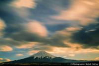 NISI Filter でドラマチックに撮影 - 山麓風景と編み物
