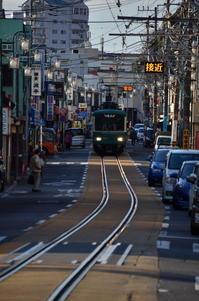 江ノ電 そこのけそこのけ列車が通るⅡ  - 風の香に誘われて 風景のふぉと缶