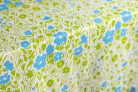 花いっぱい、春の北欧ファブリック特集 - カスパイッカ -北欧のアンティーク雑貨と手仕事の店-