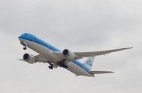 3/16 KLMの787って関空らしい一面かも。 - uminaha-t's blog