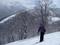 春スキー真盛り - 漆器もある生活