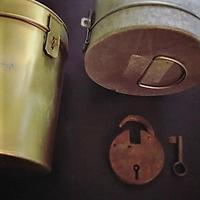 TAGORE~ブリキのコラム缶 - 雑貨店PiPPi