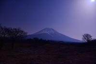 富士ヶ嶺から朝霧高原 - 風とこだま