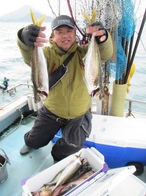 23日・木・全て揃っていましたが、メガ☆大アジのやる気がございません(^▽^) - 愛媛・松山・伊予灘・高速遊漁船 pilarⅢ 海人 本日の釣果