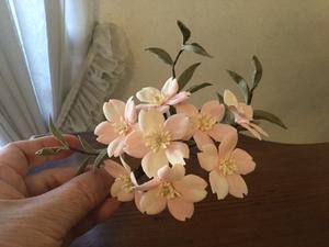 縮緬桜のコサージュ - 布花館へようこそ