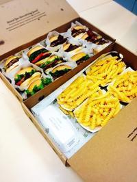 お花見にハンバーガーはどうですか? - うつわ愛好家 ふみの のブログ
