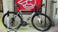羨望のルックスと性能を併せ持つチネリのシクロクロスバイク、「ジデコ」入荷しております! - 大岡山の自転車屋TOMBOCYCLEのblog