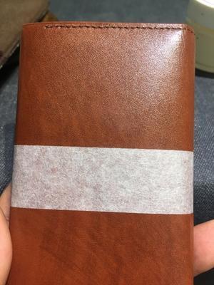 革のお財布もお手入れしましょう - ルクアイーレ イセタンメンズスタイル シューケア&リペア工房<紳士靴・婦人靴のケア&修理>