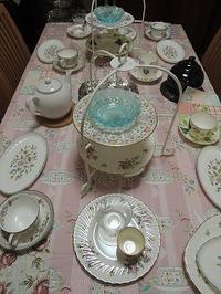 ミントンの食器でティーテーブルを - BEETON's Teapotのお茶会