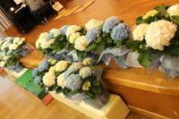 卒園式の花 テーマ「エルマーの冒険」 - 北赤羽花屋ソレイユの日々の花