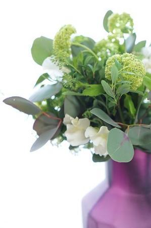 グアックスの新しい花器入りました! - お花に囲まれて