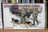 DRAGON 6098 GERMAN FELDGENDARMERIE w/DOGS - Post-Retirement Modelling Life